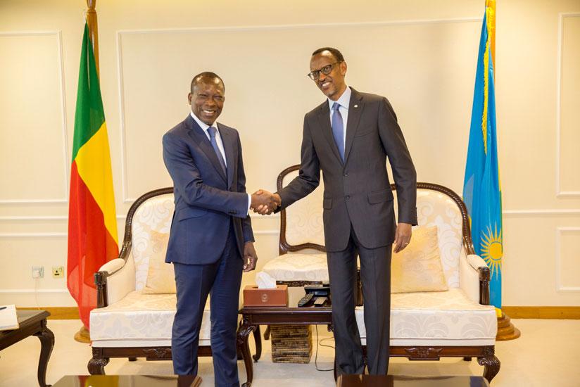 Résultats de recherche d'images pour «Patrice Talon kagame»